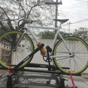 Fixa no suporte para bikes